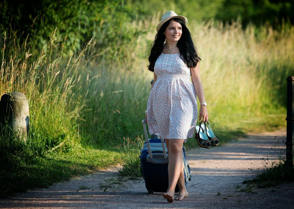 girl with suitcase